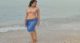 Pic: Flat Tummy Of The Tall Actress