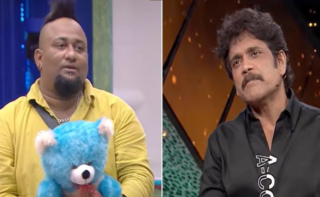 'Bigg Boss 5': Nagarjuna plans sudden elimination