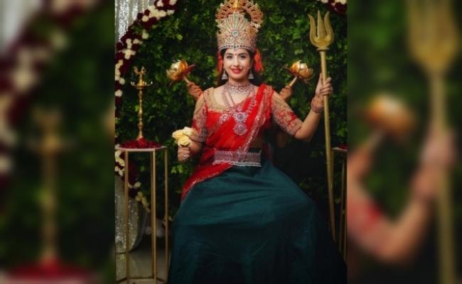 Sanjjanaa Galrani's 'Durga Maa' avatar goes viral