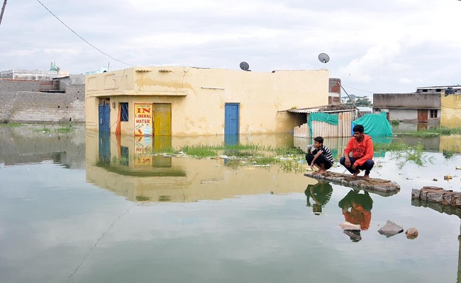 Residents of flood-hit Osman Nagar feel abandoned