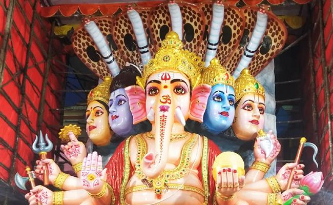 Hyd's tallest Ganesh idol is again centre of attraction
