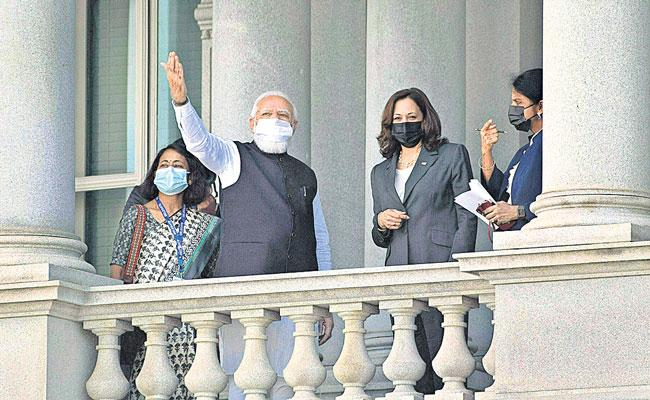 India waiting to welcome you, Modi tells Harris