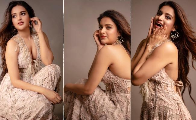 Pics: iSmart Lady's Hottest Looks