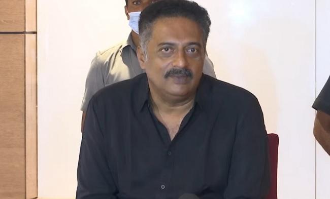 Prakash Raj resigns from MAA membership