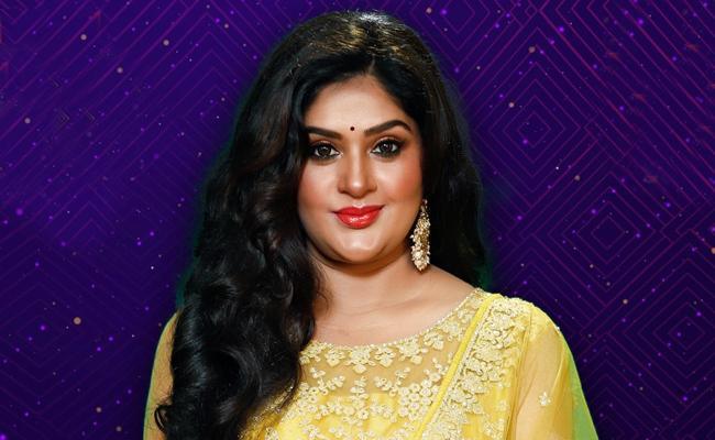 BB5: Actress Priya Gets Evicted