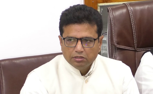 Frustrated Cong MLA to join TRS?