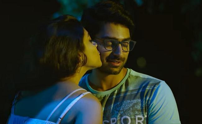 Choosi Choodangaane Review: Boring Love Drama