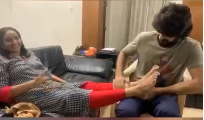 Mother's Day Special: Shaurya's Head Massage To Mom