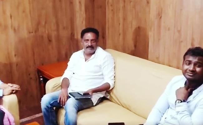 Prakash Raj Mediates in Rahul Sipligunj's Issue