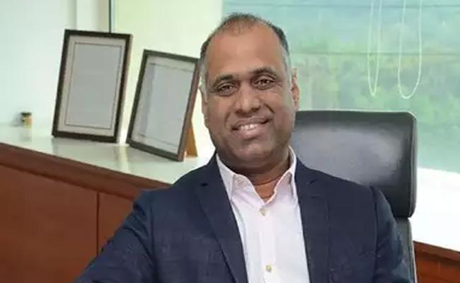 Bandla Vs Harish: PVP Joins In