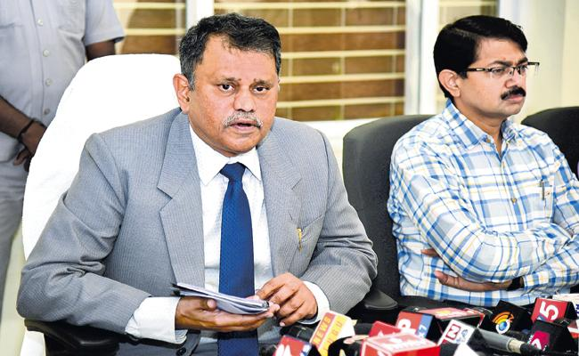 SC Refuses To Stay Nimmagadda Reinstatement!
