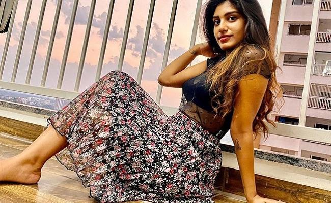 Who Will Introduce Surekha Vani's Daughter?