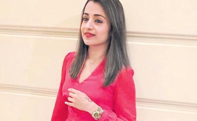 Trisha Walks Out of Chiranjeevi's Acharya..