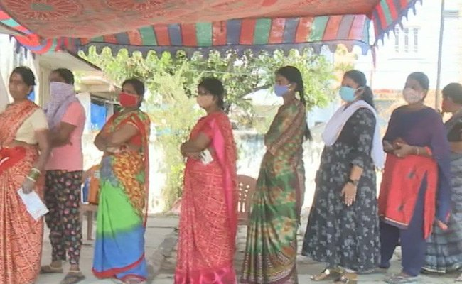 Exit polls banned in GHMC till Thursday