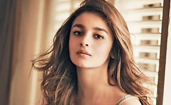 Alia Bhatt Not to Be Replaced!