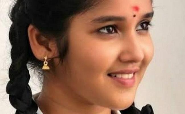 Anikha Making Tollywood Debut With Kappela Remake