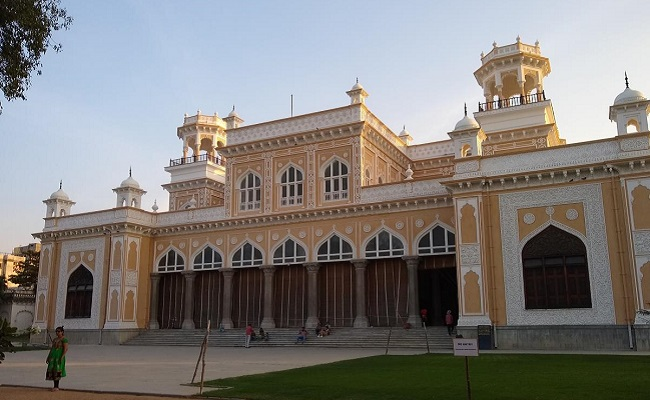 Hyd's Chowmahalla Palace's clock tower collapses