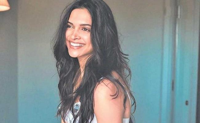 Deepika Allots Dates Prabhas's Dates to SRK