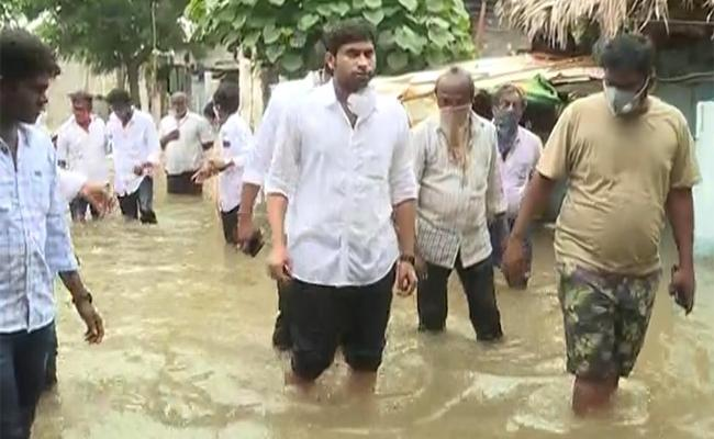 Devineni Criticises TDP For Floods In Vijayawada