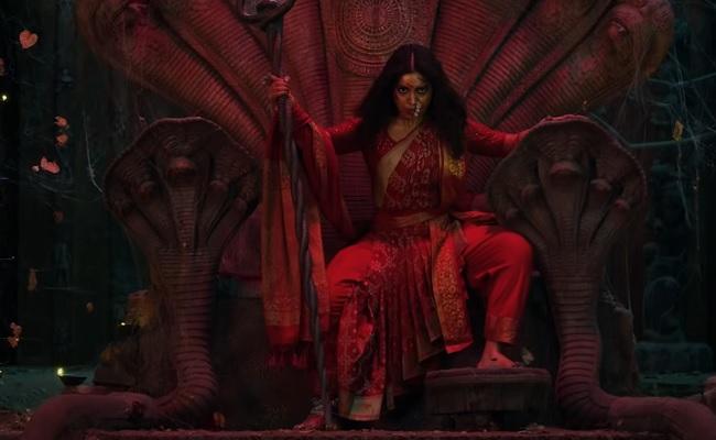 Trailer: Fails To Match The Charisma of Fabulous Anushka!