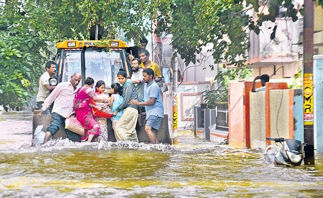 Hyderabad floods cause untold misery to many families