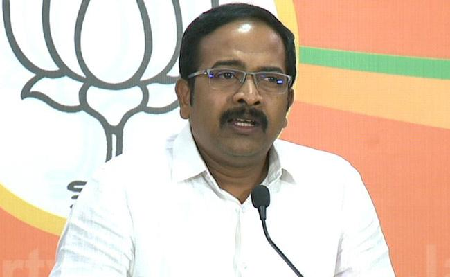 Congress on verge of collapse, says BJP