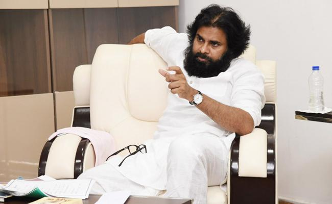 Pawan Kalyan Lost His Freedom Completely