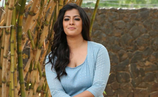 Pic Talk: Varalakshmi On Duty For Naresh
