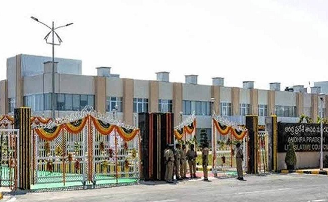 Parliament, Amaravati secretariat: Which is costlier?