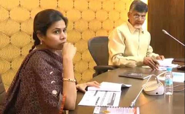 Naidu Can't Help Akhila, As Noose Tightens