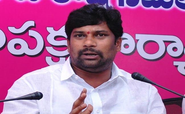 Pawan Becomes TRS Target In GHMC Polls!