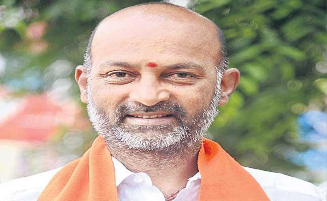 Bandi Sanjay Threatens to Burn RRR Reels