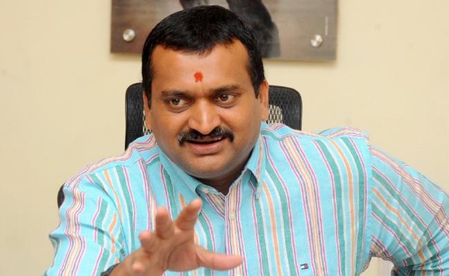 I am not joker, Bandla Tells TRS Kavitha