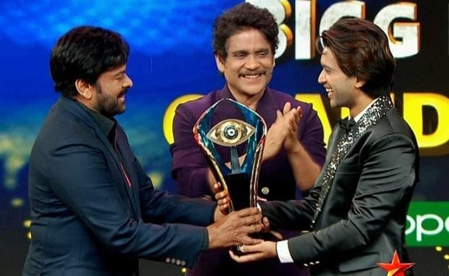 Crowd Favourite Abhijeet Wins The Bigg Boss 4 Title