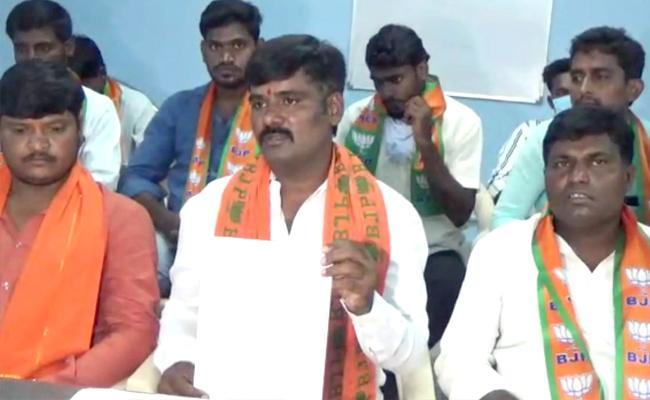 Rucks in BJP before nominations in Dubbak!