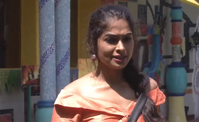 Bigg Boss 4: Full Footage To Divi On Public Demand
