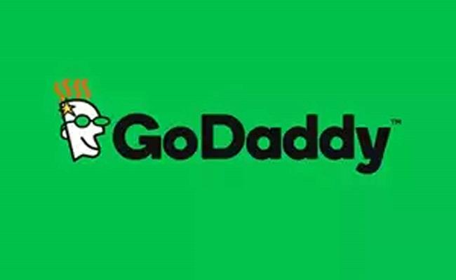 GoDaddy sacks hundreds despite business growth