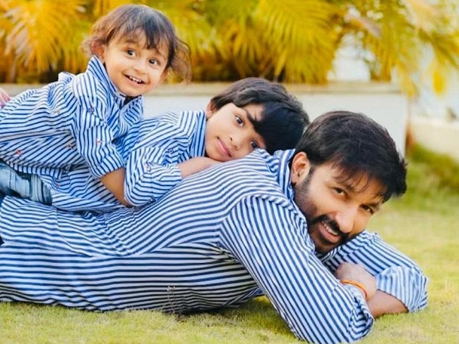 Pic Talk: Gopichand Fun Time With Kids