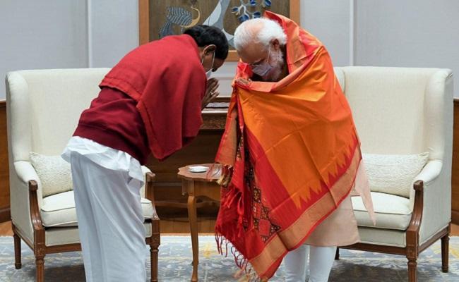 Why So Much Secrecy In KCR's Delhi Visit?