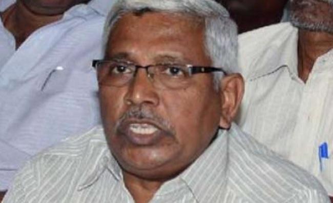 KCR unfit for national politics, says Kodanda!