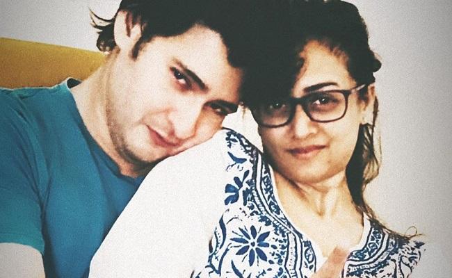Pic: Namrata and Mahesh Babu's Intimate Moment