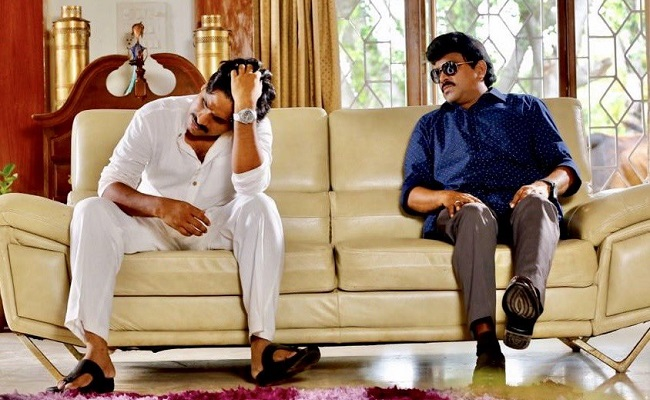 Shocking Pic Of Chiranjeevi And Pawan Kalyan