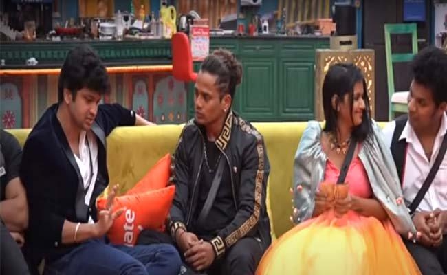 Bigg Boss 4: Abhijeet Backstabs Best Friend For Captaincy!