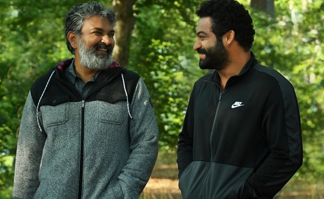 Rajamouli is in Confusion about RRR