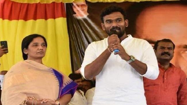 Political Masala: Paritala's Image And Babu's Leg