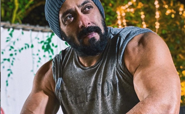 Salman Khan shows off big biceps in new post