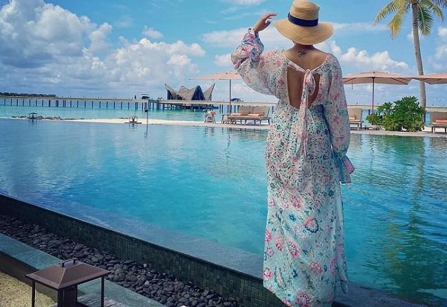 Pics: Samantha In Maldives Shake Internet