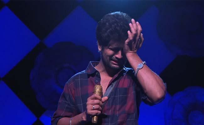 Nonstop Cryfest - Bigg Boss 4 Turns Karthika Deepam