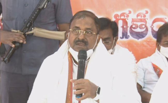 BJP Threatens To Prosecute Andhra DGP!