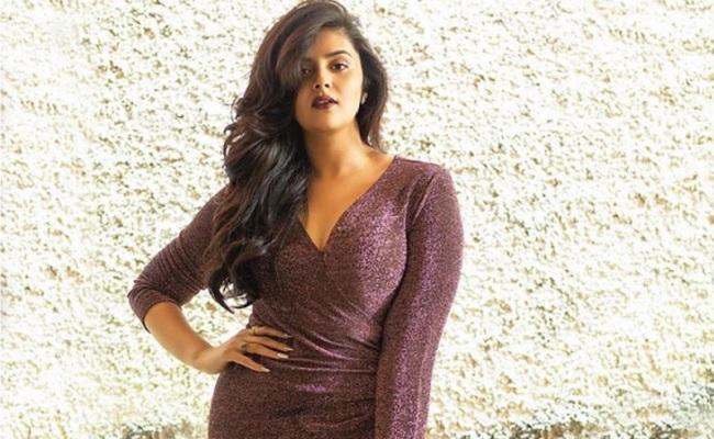 Sreemukhi Reveals Her Wedding Plans